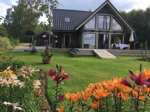 Riverside house, water activities, forest, sauna