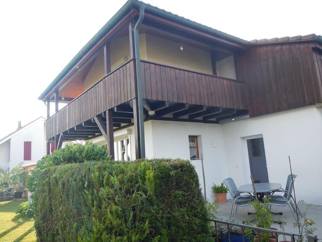 Duplex-Wohnung mit Sitzplatz für 1-5 Personen