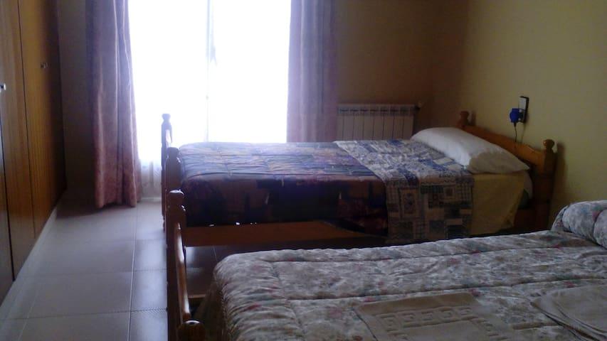 Habitaciones en alquiler - Tàrrega - บ้าน