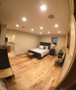NYC in 45 min - Private Entrance luxury Bed & Bath