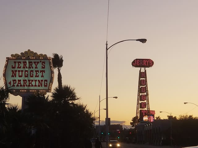 The North Las Vegas Escape near Fremont & LV Strip