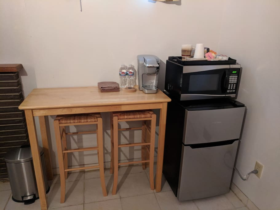 Kitchenette. K-cups, mugs, and spoons provided.