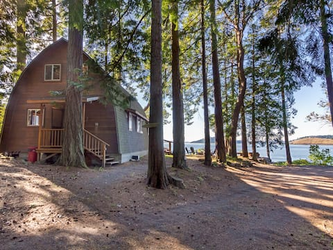 Waterfront Cabin near Roche Harbor! - (Elephant House)