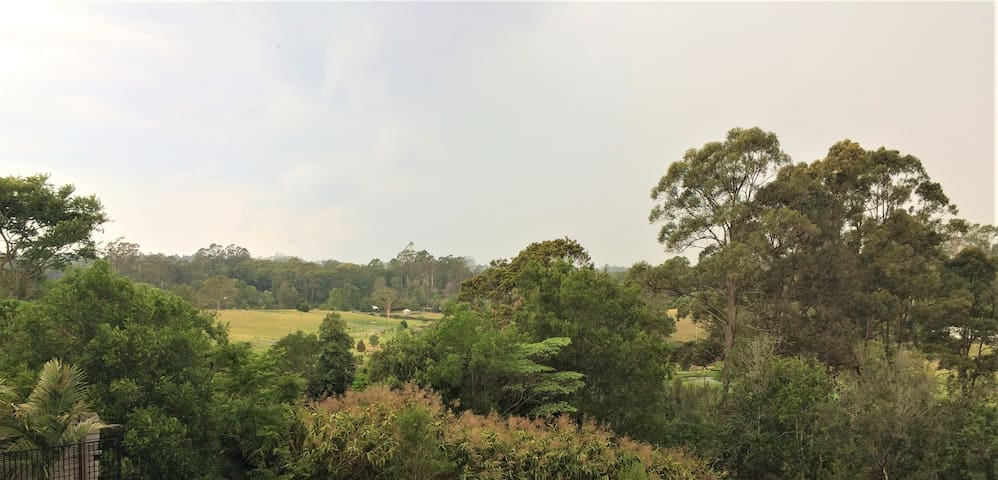 """On Burgum Pond"" Cottage - Serenity in Nature"