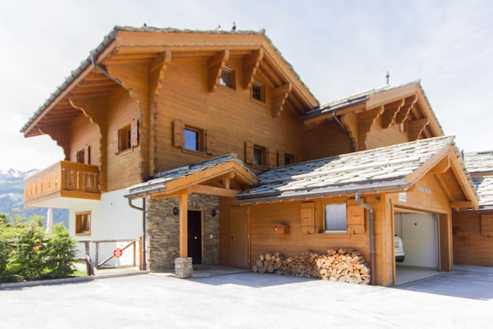 Charming Chalet in Crans Montana - Lens - Cabaña