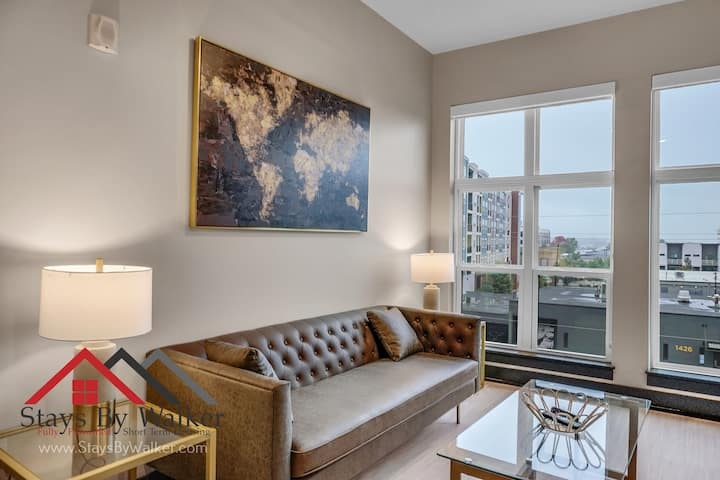 ★ Modern 2BR/2B City Center Condo ★ King Beds ★ WiFi + Cable