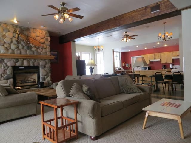 Private Queen, Private Bath (Lodge and Dorm Rooms) - Crested Butte - Other