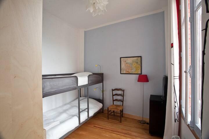 Chambre 4.
