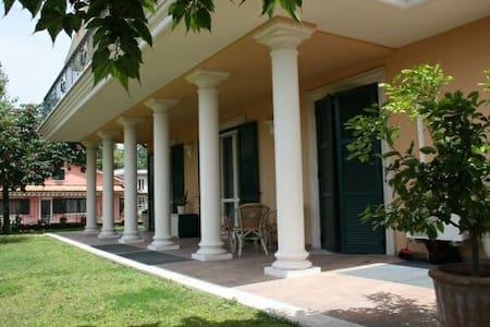 Luxury Villa Liberty Style - Bolsena