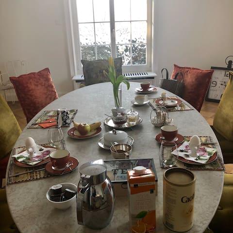 Breakfast-Room...