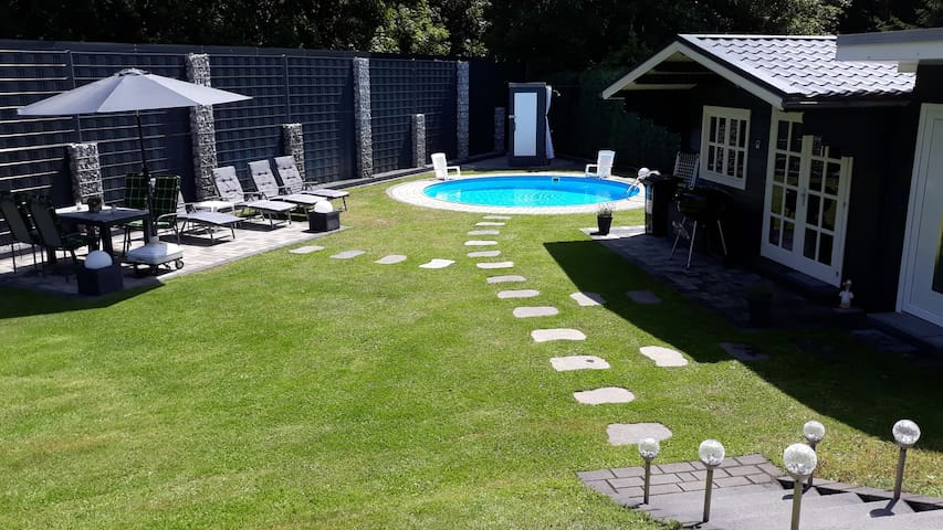 Apartment Meyer with pool and garden sauna