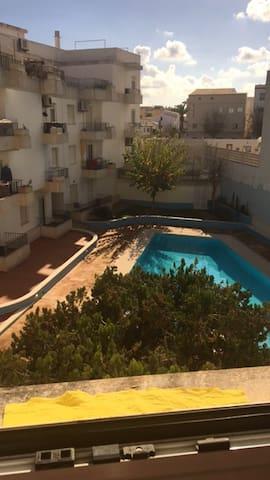 Habitación doble encima del puerto de Maó - Maó - Appartement