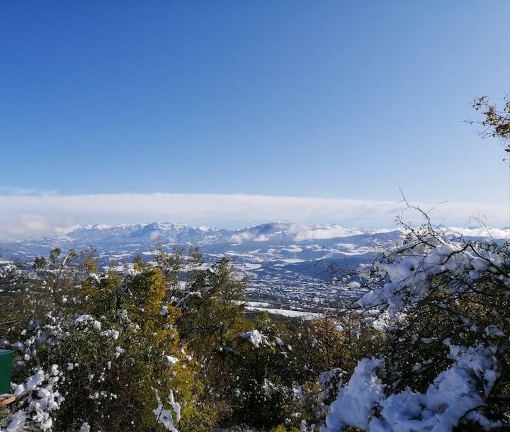 Vue imprenable sur Gap et les montagnes
