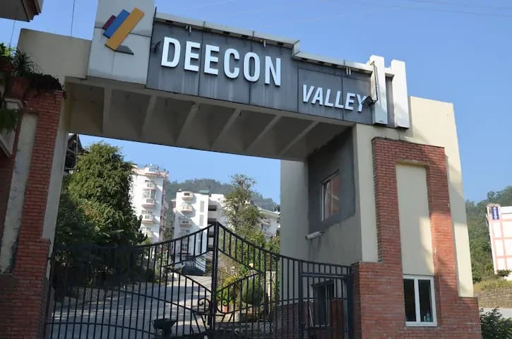 Deecon valley Mountain View apartment Near Ganga
