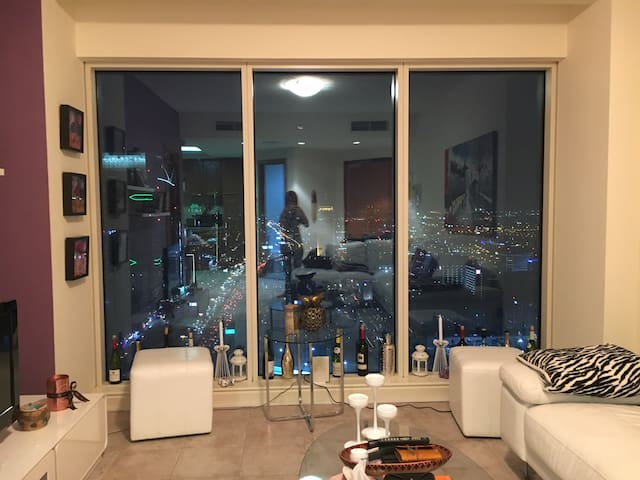 Stunning apartment in DIFC for rent - Dubai