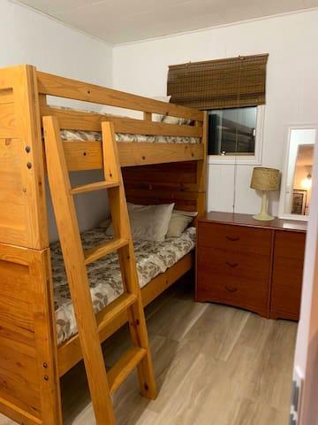 Bedroom 2-Bunk room