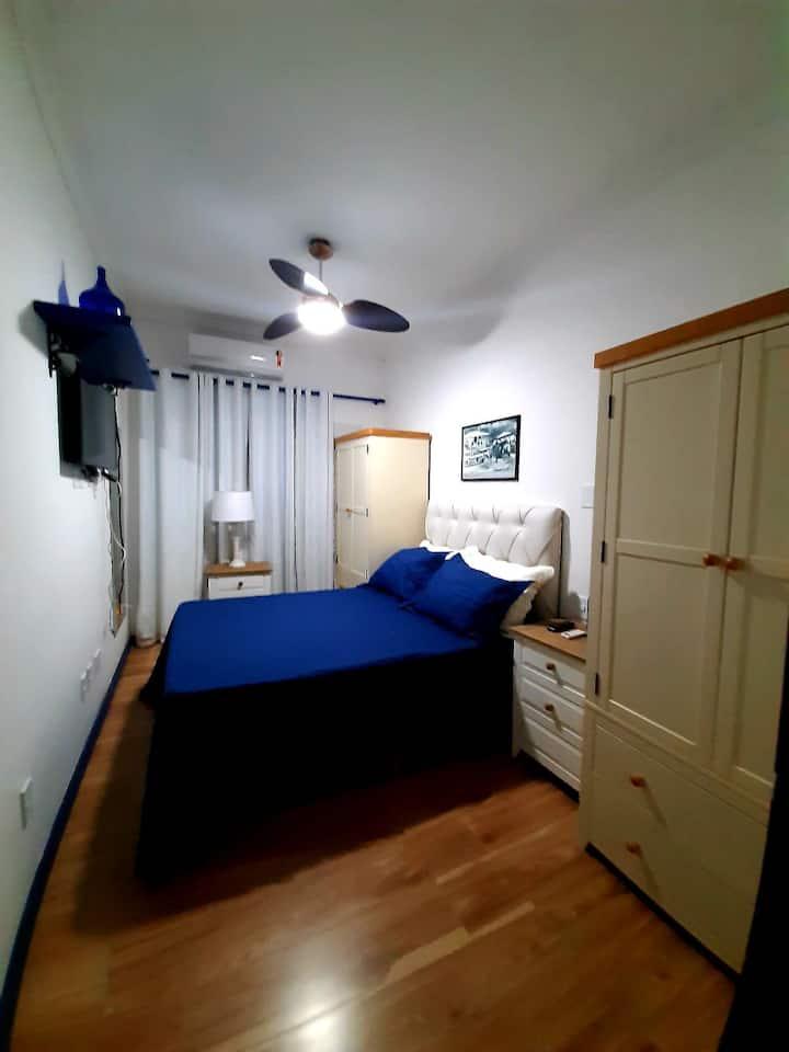 Apartamento à 150mts do Porta da Barra em Búzios.