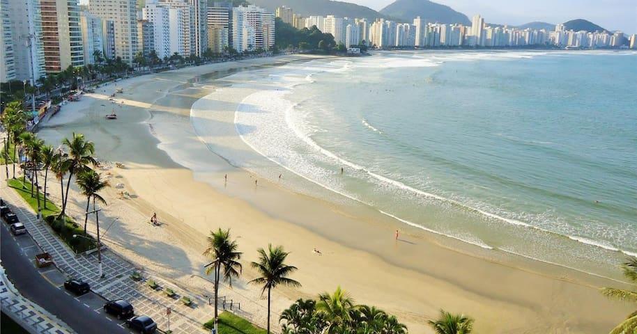 Pitangueiras Relax 100m Praia