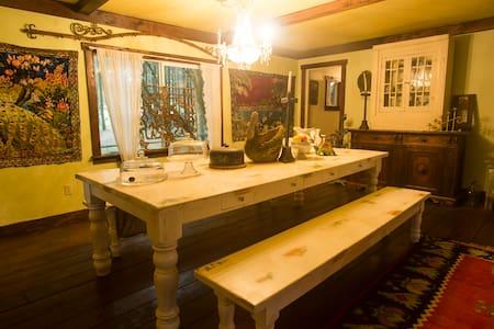 Cabin at Gathering Grace Farm - Chehalis - 小木屋