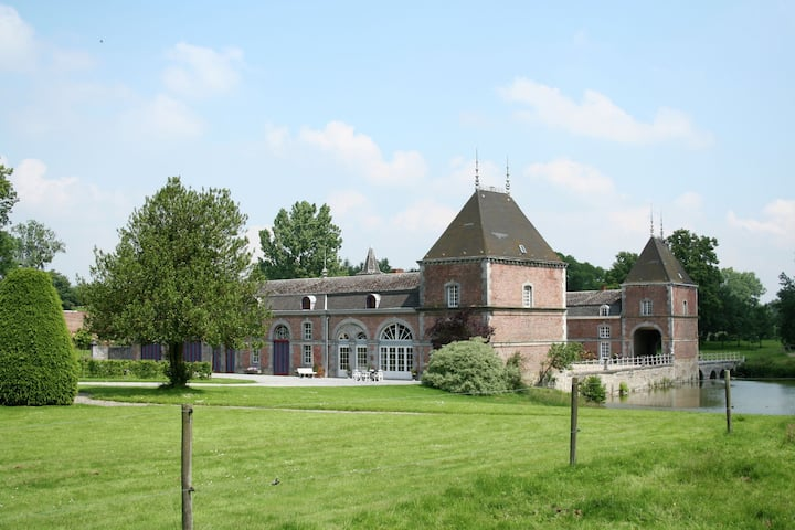 Vintage Schloss in Waldnähe in Havelange