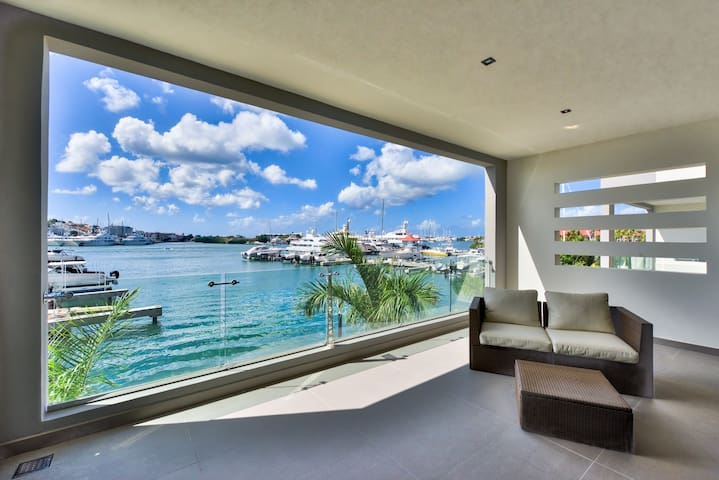 ★ MODERN LAGOON VIEW 1BR WITH A TERRACE ★ - Cole Bay