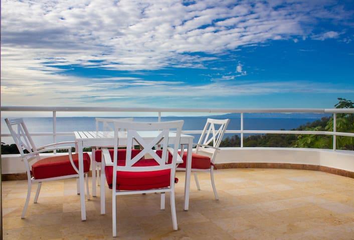 Master Suite I - Balcony