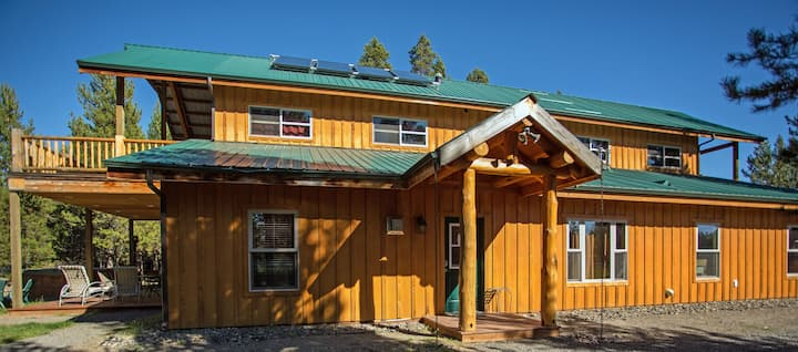 """""""King/Fall Suite"""" in Homestead Lodge / Cabin"""