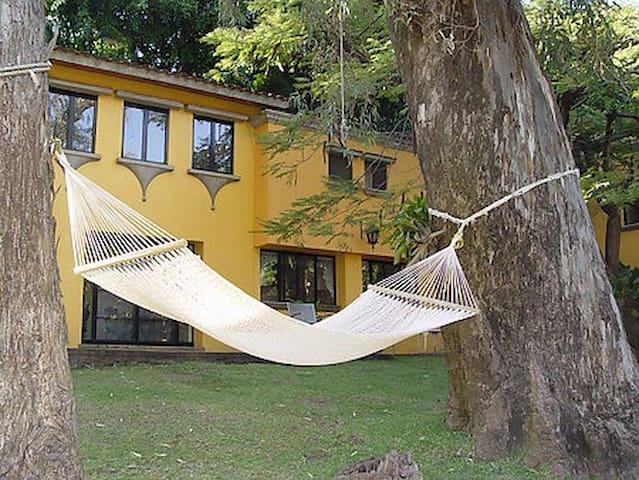 Spectacular Colonial Villas: Brown - クエルナバカ - 別荘
