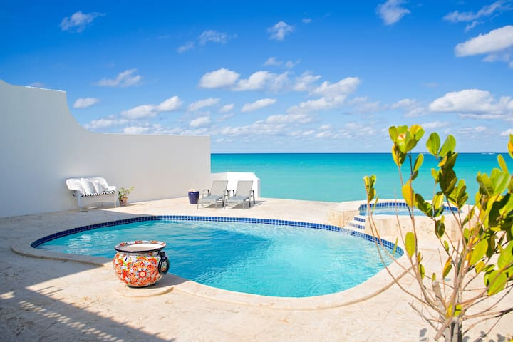 Oceanfront Home With Private Pool & Ocean Access