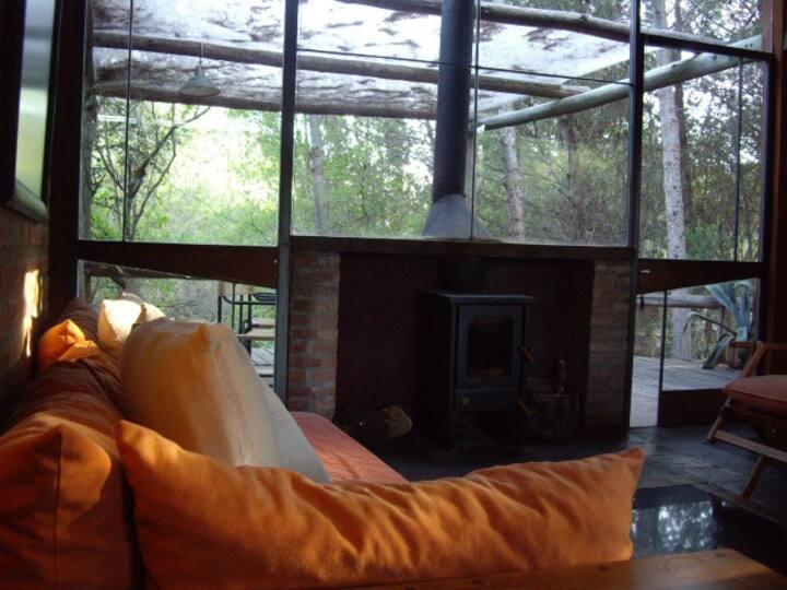 hermosa cabaña en un espacio natural muy especial.