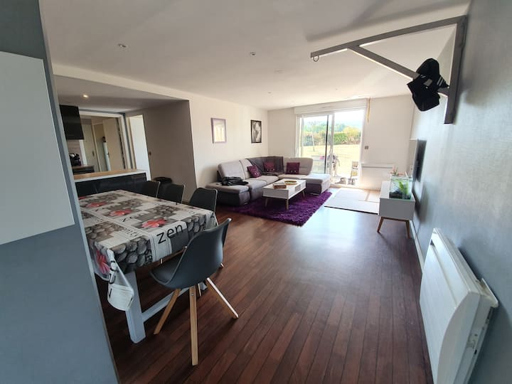 Chambre dans appartement en résidence