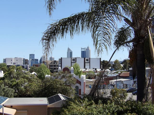 mount lawley entire house with city views and spa