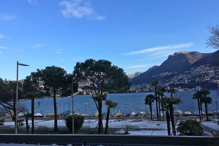 Splendido appartamento centrale e fronte lago - Paradiso - Lejlighed
