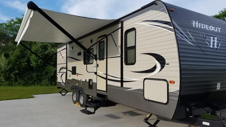 32' RV Travel Trailer Camper South Haven Michigan