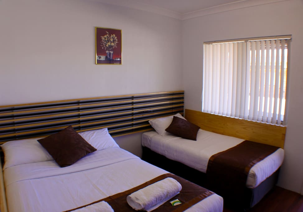 Boutique self contained motel apartments in moree hotels for Betten motel one