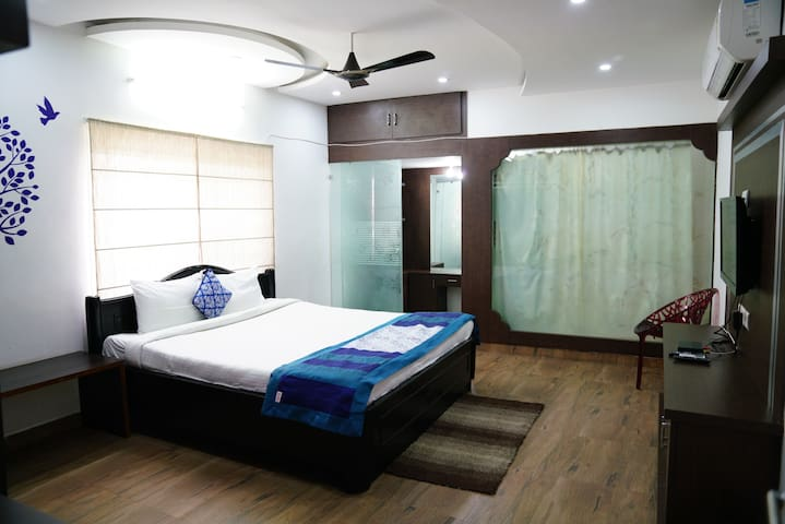 Hitech Shilparamam Guest House 3BHK
