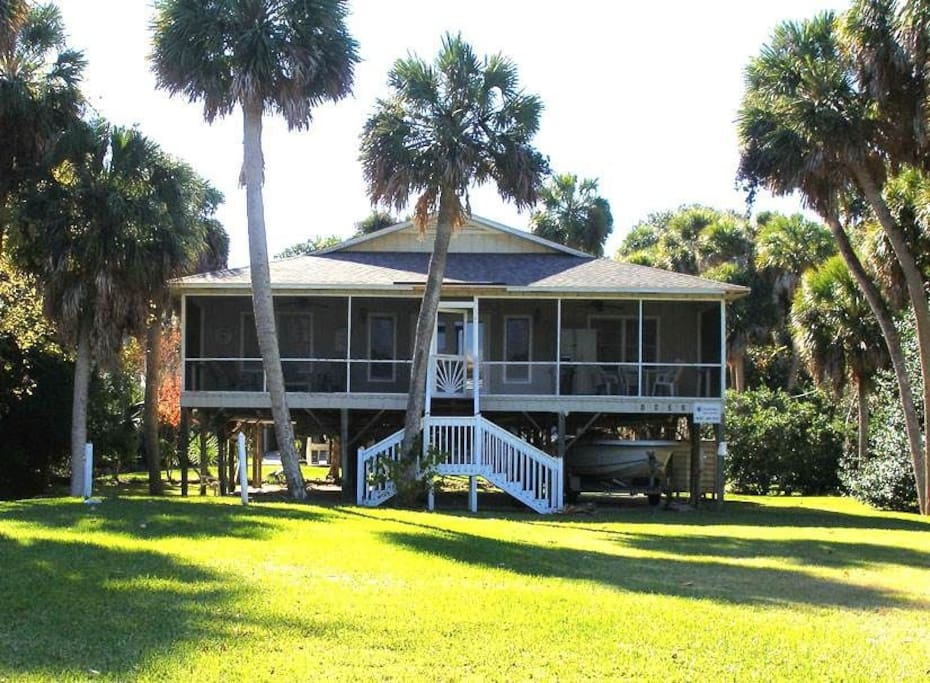 edisto island catholic singles Our villa is located on the golf course of ocean ridge resort, on edisto island this spacious unit has two bedrooms and an open sleeping loft with two queen-size beds and two singles, it will sleep a total of six guests.