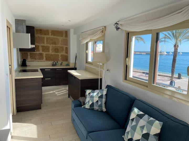 Preciso apartamento con vistas a la bahía de Jávea