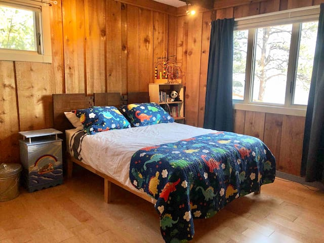 Children's room, all furniture is secured, bed rails/portable crib/mattress are available. Black our shades plus toys and books galore!