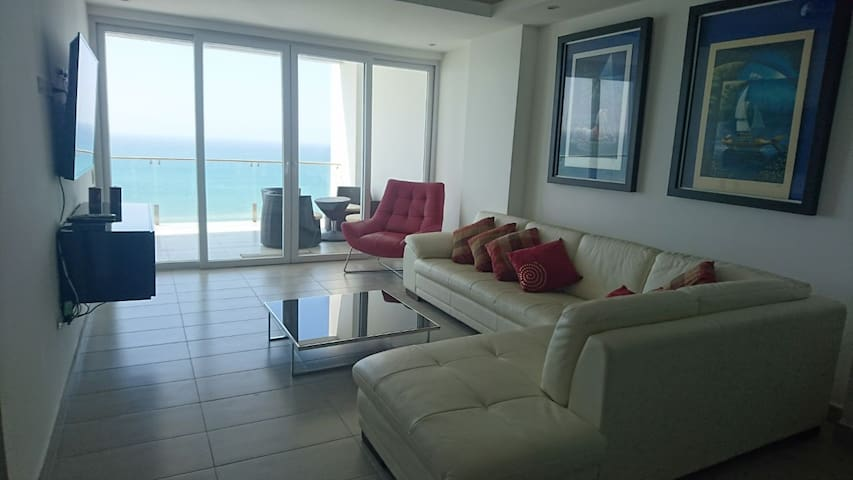 Ocean view deluxe 2 bedroom apartment.
