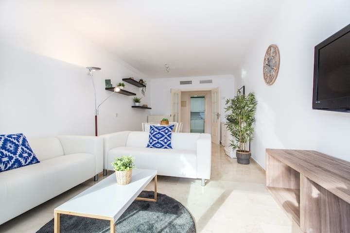 Awesome Apt pool and parking Puerto Banús - RDR197