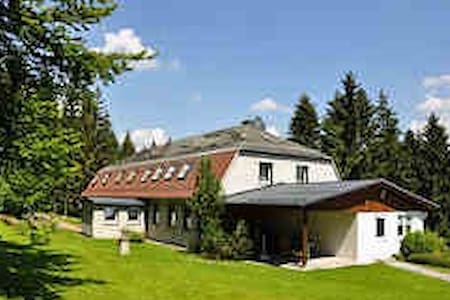 Ferienhaus Vier Jahreszeiten - Frauenwald - Byt