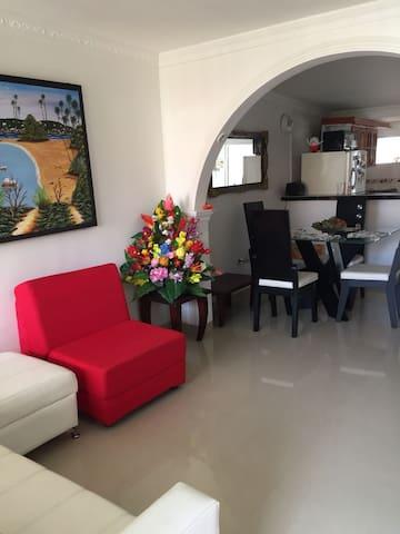 Apartamento excelente ubicación Santa Marta