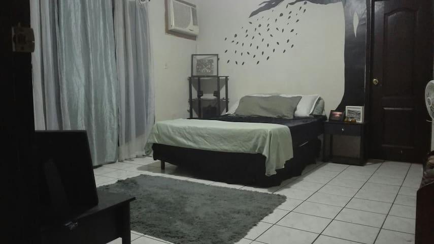 Comfy room - San Pedro Sula, Departamento de Cortés, HN