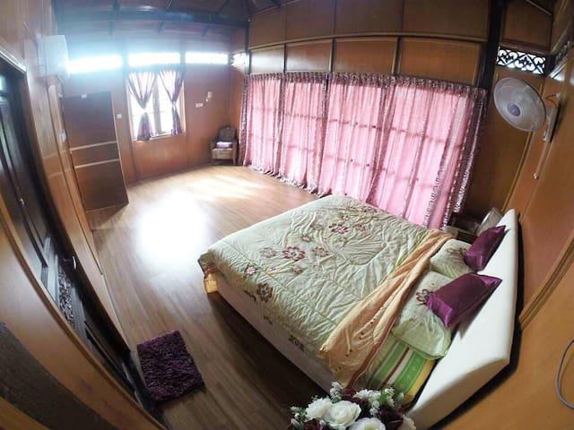 Classic Villa  - Eagle Suite - Kangar - Villa