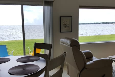 Tranquility condo by the bay!