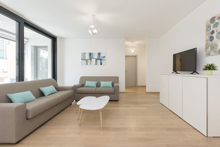 Brand new apartment in the center (AGORA 2B)