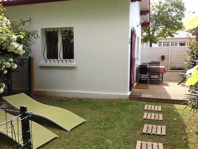 Petite maison indépendante 40m² - Saint-Pierre-d'Irube - Huis