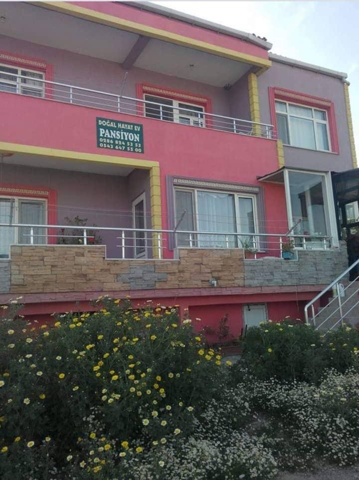 Çanakkale Eceabat KilitBahir'de aile Pansiyonu