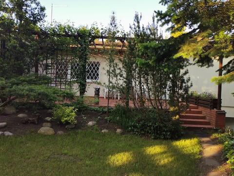 Casa de campo à beira do lago perto de Poznań